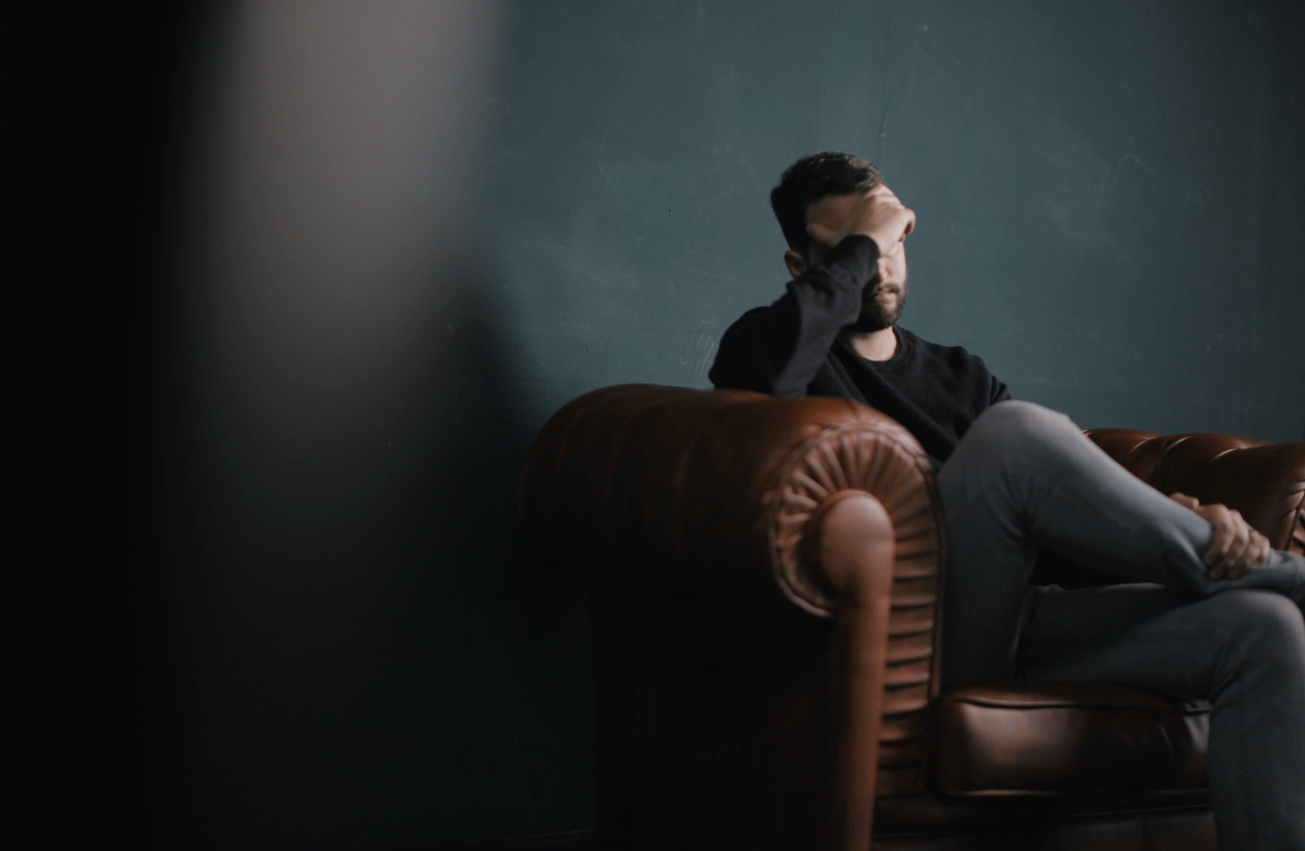 How do you respond to a mental health crisis? Here are six things to keep in your tool belt in case you or a loved one experience a crisis.
